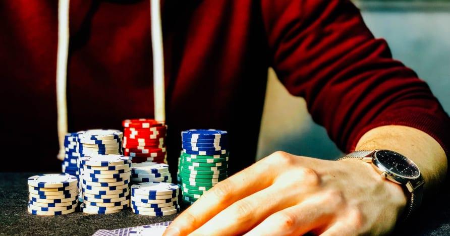 Sprievodca online pokerom s 3 kartami